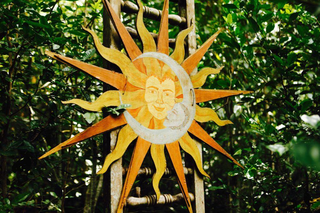 Sara's Sun and Moon